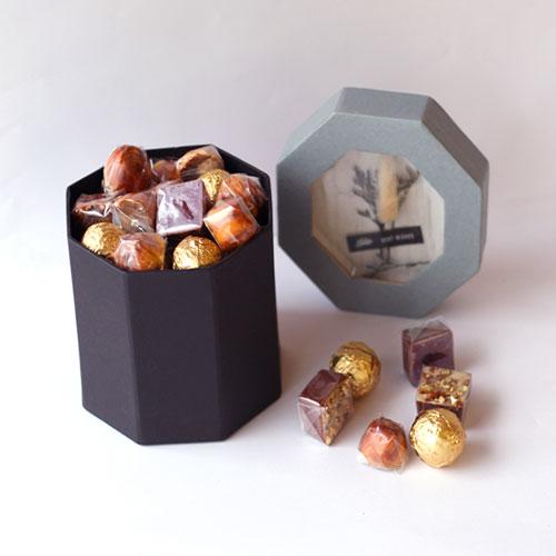 chocolate box 250 gm- light blue