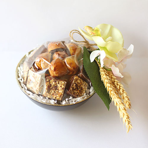 Small chocolates platter